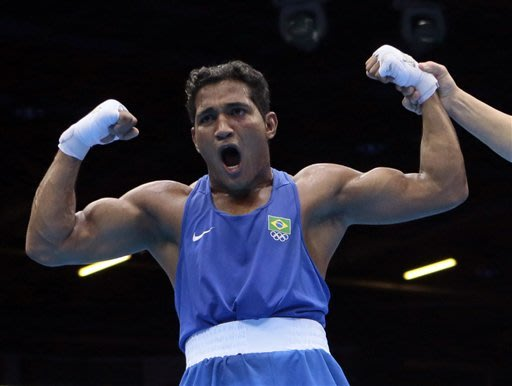 Medal bouts take shape in men's boxing