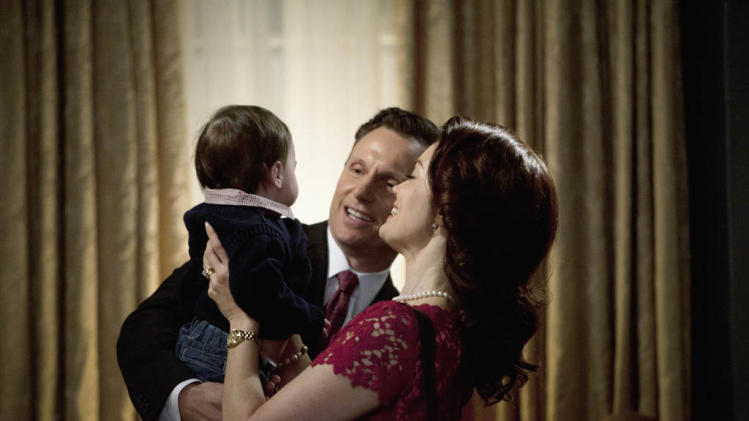 """Scandal"" -- ""Top of the Hour"" TONY GOLDWYN, BELLAMY YOUNG"