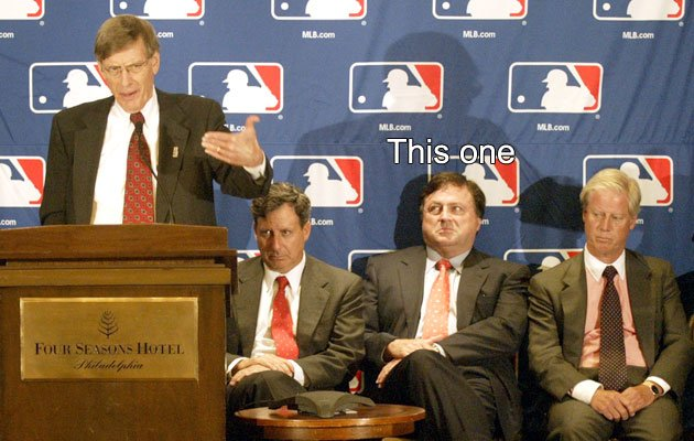 Which owner voted 'no' on Selig's new contract?