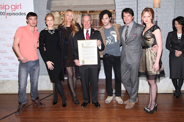 Ed Westwick, Kelly Rutherford, Blake Lively, New York City Mayor Michael R. Bloomberg, Penn Badgley, Matthew Settle, Kaylee DeFer  The Mayoral proclamation in celebration of the 'Gossip Girl' 100th ep
