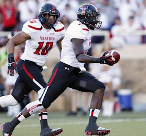 No. 25 Texas Tech upends Texas State 33-7