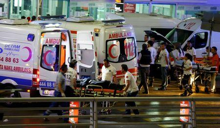 Ten killed, many wounded in suicide attack at Istanbul airport