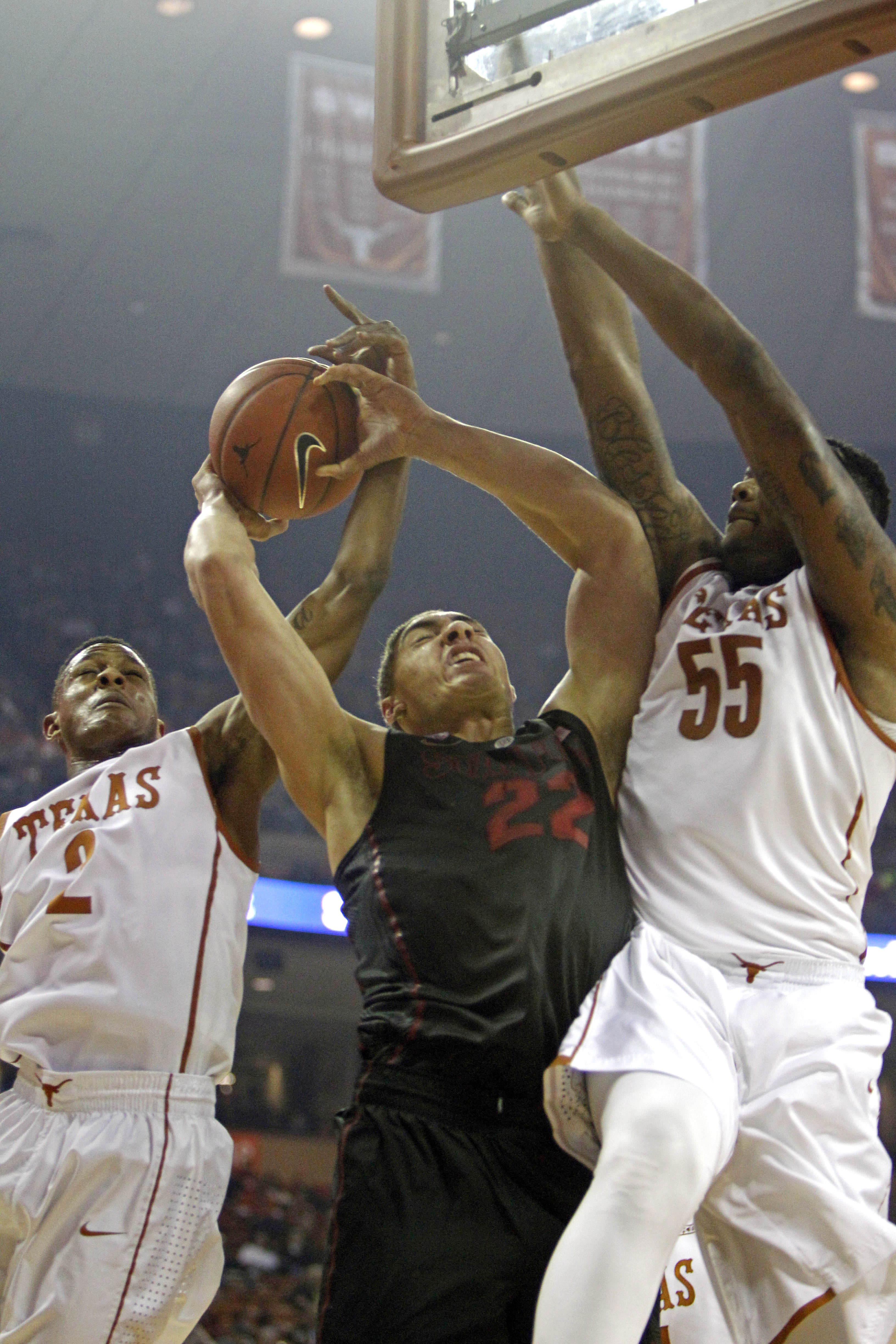 Stanford upsets No. 9 Texas in overtime 74-71