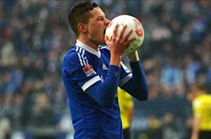Draxler expects to be at Schalke next season