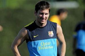 Messi resumes individual training