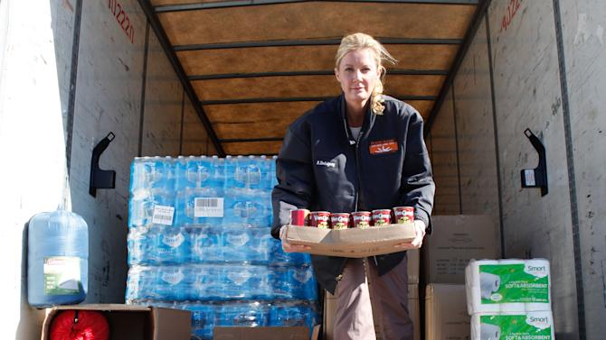 Sandra Lee urges: Get involved in storm recovery