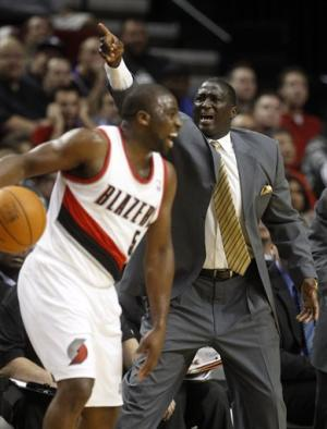 Matthews scores 17 in Blazers' win over Jazz