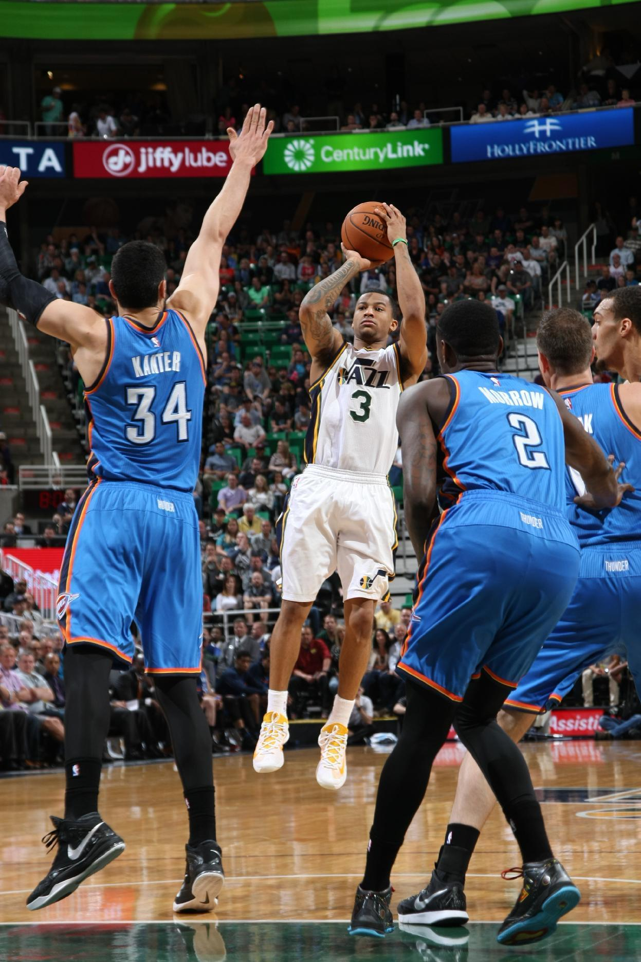 Jazz rally from down 16 to beat Thunder 94-89