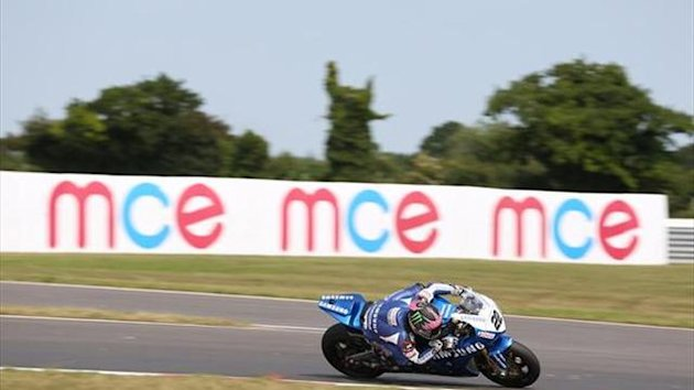 Snetterton BSB: Lowes switches to harder rear tyre
