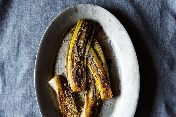 Buttery Braised Leeks with a Crispy Panko Topping