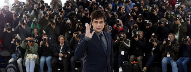 Cast member Benicio Del Toro poses during a photocall for the film 'Jimmy P.' at the 66th Cannes Film Festival in Cannes