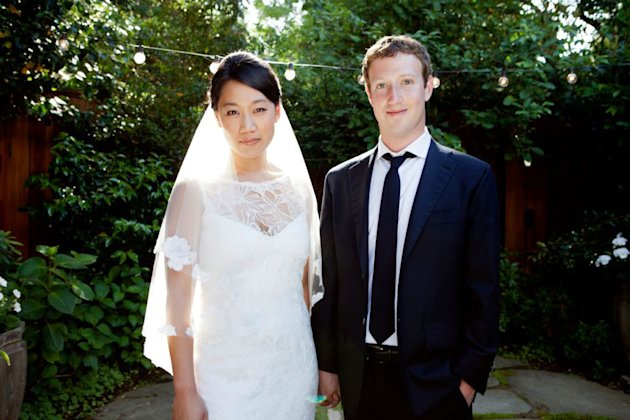 Mark Zuckerberg and Priscilla Chan Get Married! And He Didn't Wear A Hoodie.