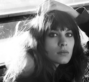 Alexa Chung Bags Another Campaign, Looks Sixties-tastic For Maje