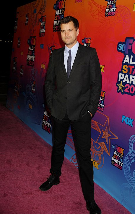 """Fringe's"" Joshua Jackson arrives at the Fox 2010 Summer TCA All-Star Party on August 2, 2010 in Santa Monica, California."