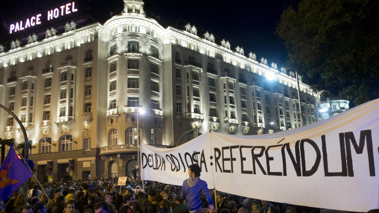 Madrid anti-austerity protests turn violent again