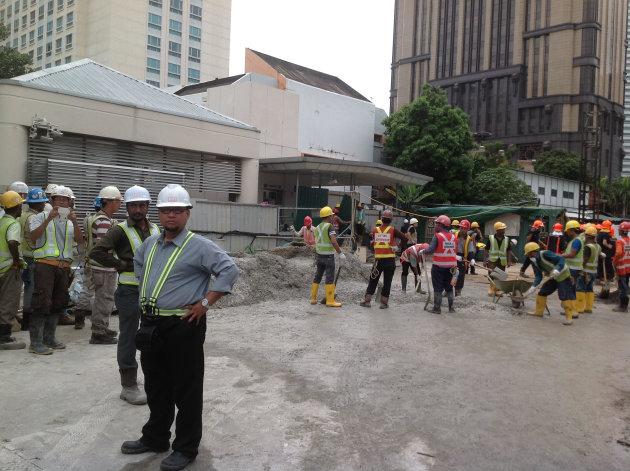 Underground scaffolding collapses at MRT construction site near Bugis
