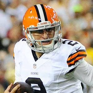 Is Cleveland Browns rookie quarterback Johnny Manziel's immaturity hurting his starting chances?