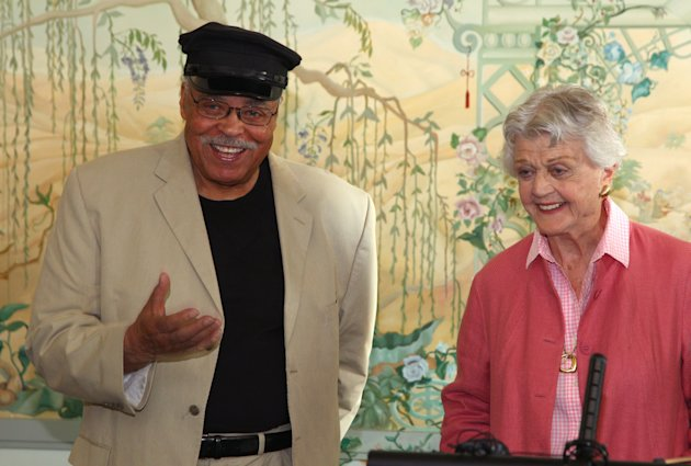"Actors James Earl Jones, left, and Angela Lansbury discuss their rolls in the play ""Driving Miss Daisy"" in Sydney, Australia, Monday, Jan. 7, 2013. Jones and Lansbury, in Australia to star in a touring production of Alfred Uhry's Pulitzer-Prize winning play ""Driving Miss Daisy,"" credit the thrill of performing with their seemingly endless supply of energy, which has propelled them throughout their decades-long careers. (AP Photo/Rick Rycroft)"