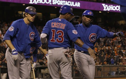 Giants hold off Cubs 4-3