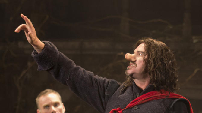 """This theater image released by Boneau-Bryan/Brown shows Douglas Hodge portraying the title role in """"Cyrano de Bergerac,"""" playing at the American Airlines Theatre in New York. (AP Photo/Boneau-Bryan/Brown, Joan Marcus)"""