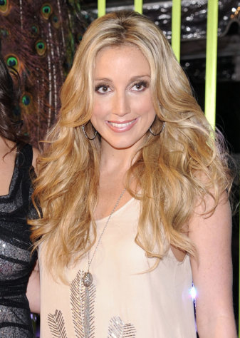 "FILE - This Nov. 8, 2011 file photo shows singer Ashley Monroe at the 59th Annual BMI Country Awards in Nashville. Monroe's latest album, ""Like a Rose,"" will be released on Tuesday, March 5, 2013. (AP Photo/Evan Agostini, file)"