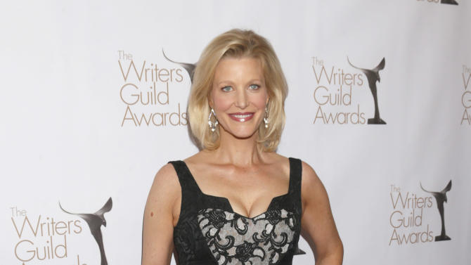 Anna Gunn attends the 2013 Writers Guild Awards at the JW Marriott on Sunday, Feb. 17., 2013 in Los Angeles. (Photo by Todd Williamson/Invision/AP)