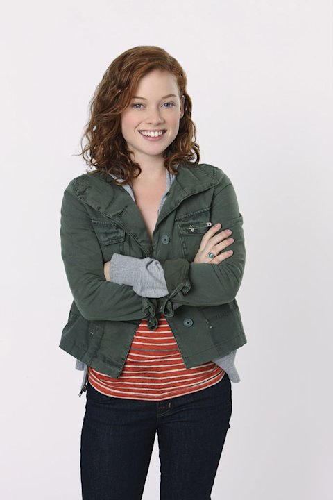 "Jane Levy stars as Tessa Altman in ""Suburgatory."""