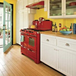 Bold Color Kitchen Makeover