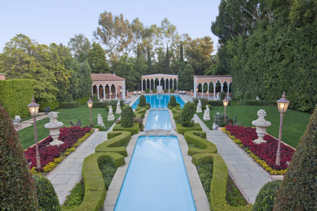 Inside Beverly House: Storied Mansion Available for $600,000 Monthly Rent