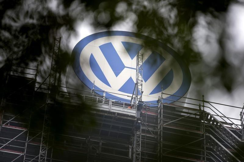 Volkswagen's U.S. boss blames 'individuals' for cheating