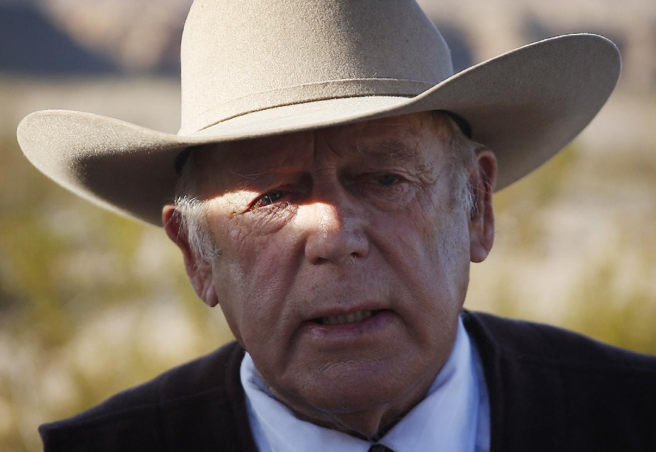 A look at key players in Oregon wildlife refuge standoff