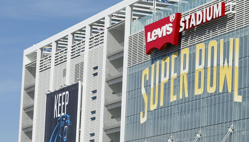 The prices for food and beer at the Super Bowl are jaw-dropping