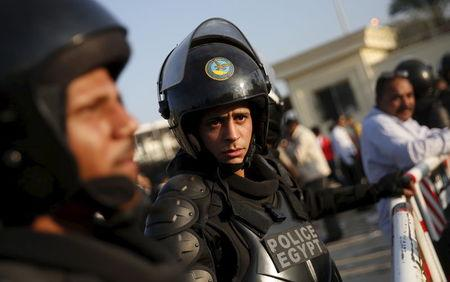 Gunmen kill 4 Egypt security personnel south of Cairo - sources