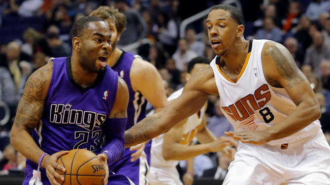 Dragic, Bledsoe lead Suns to 4th straight victory