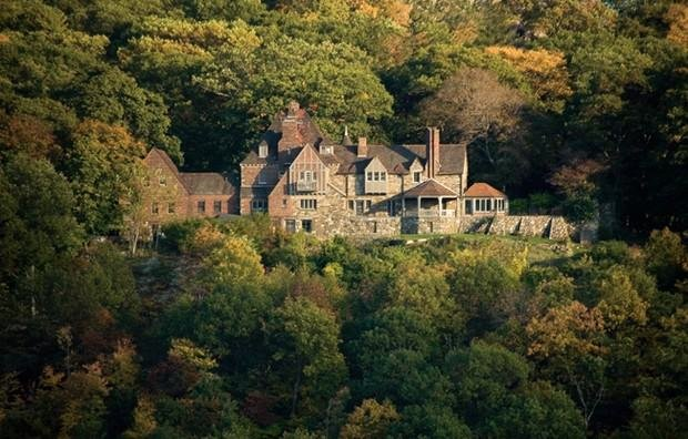 Tuxedo Park, a century-old retreat for the upper class