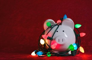 5 Email Marketing Mistakes that Could Cost You Big This Holiday Season image HolidayCost 600x397