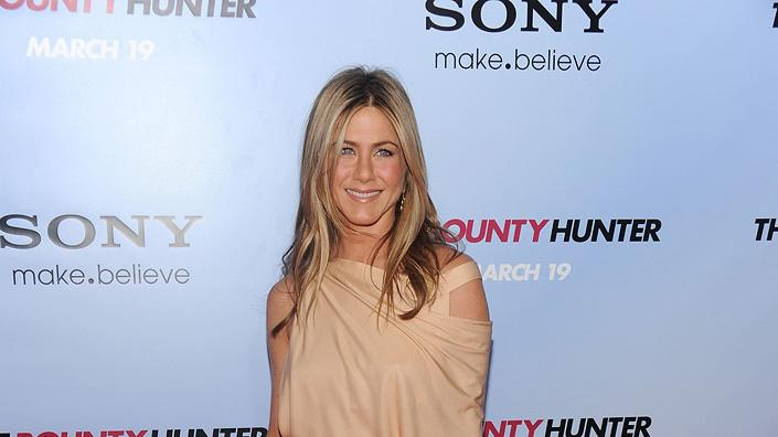 Fashion Report Card Spring 2010 Jennifer Aniston