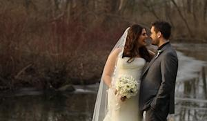 Lady Antebellum's Hillary Scott Gets Married!
