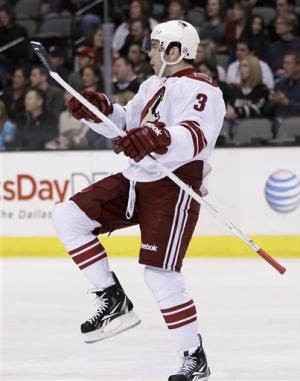 Vrbata, Smith lead Coyotes past Stars 4-1