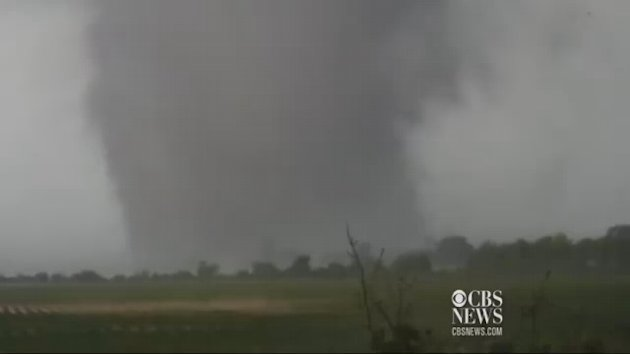 Oklahoma tornado carves trail of destruction