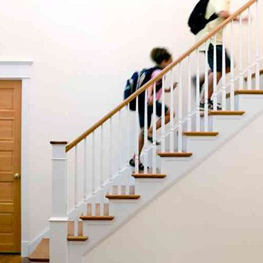 Children-running-up-stairs-after-school_web