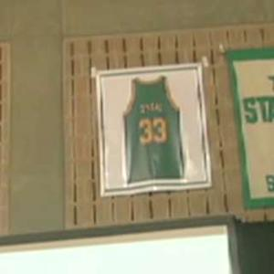 Shaq's High School Jersey Retired