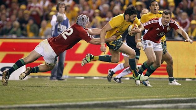 Adam Ashley-Cooper scores the winning try for Australia v The Lions