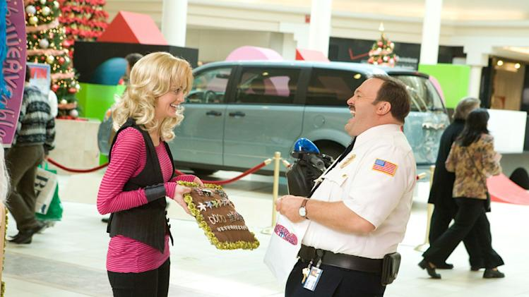 Jayma Mays Kevin James Paul Blart: Mall Cop Production Stills Columbia 2009