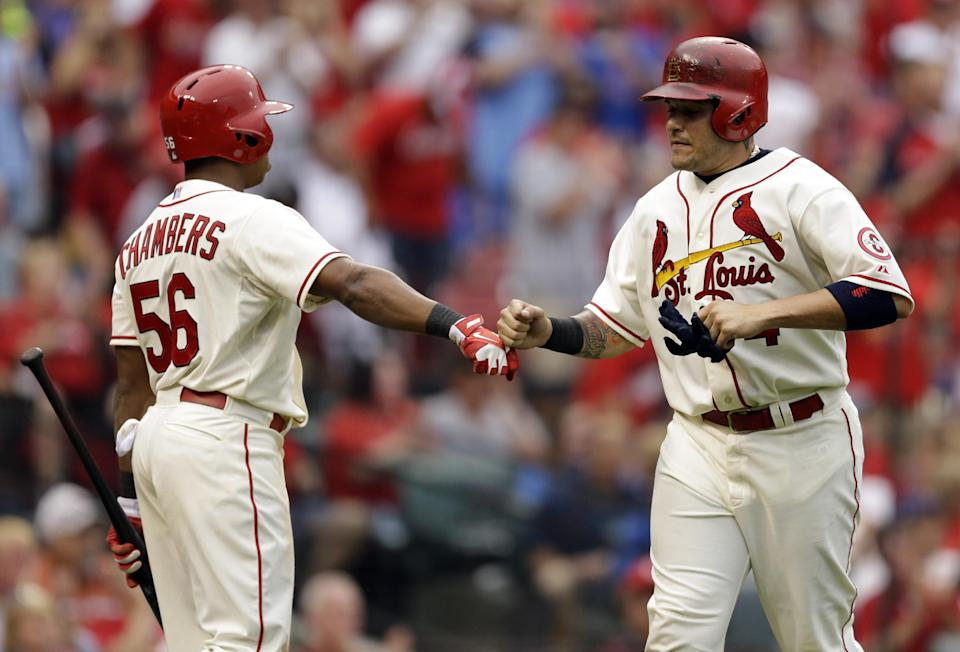 Wainwright wins 19th; Cardinals beat Cubs 6-2