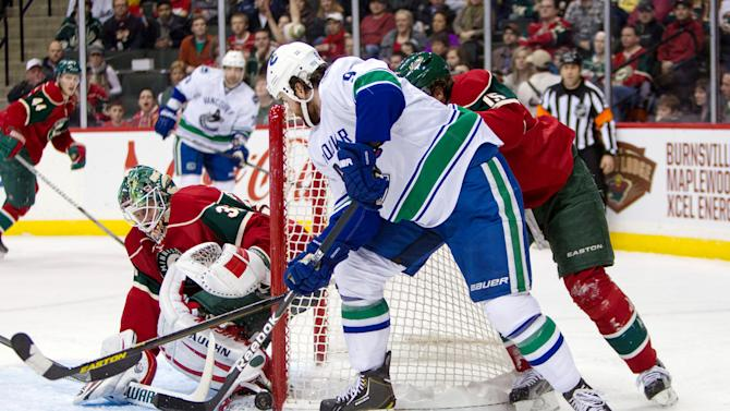 NHL: Vancouver Canucks at Minnesota Wild