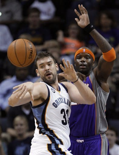 Randolph leads Grizzlies past Suns 108-98 in OT