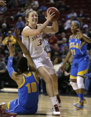 No. 4 Stanford women edge No. 14 UCLA 51-49