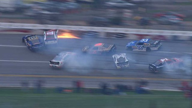 Hornish Jr., McClure cause multicar crash