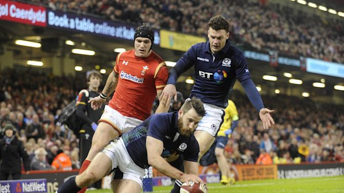 Scotland's Tommy Seymour scores a try